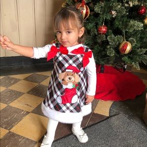 Black/white/red toddler Xmas outfit 😍